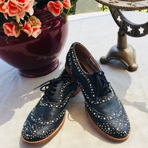 steve madden size 6 oxford embellished shoes